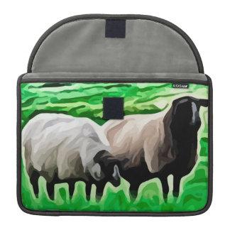 ovejas de cabeza negra que pastan funda para macbook pro