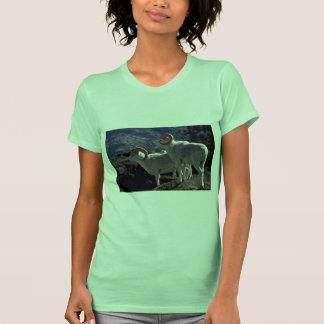 Ovejas de Dall (pares de alarma de los espolones Camiseta