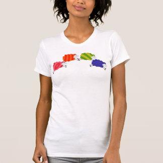 Ovejas del arco iris camiseta