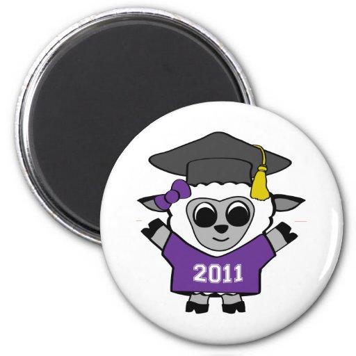 Ovejas del chica graduado púrpura y del blanco 201 imán redondo 5 cm