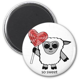 Ovejas del muchacho con el Lollipop del corazón Imán Redondo 5 Cm