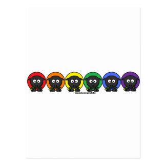 Ovejas mullidas anónimas del arco iris de postal