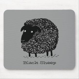 Ovejas negras con el texto de encargo tapete de ratones