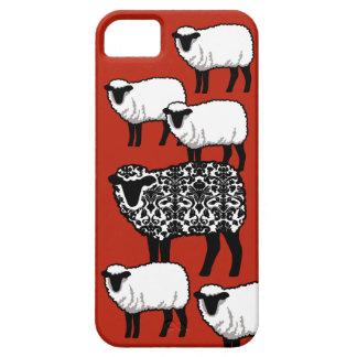 Ovejas negras del damasco en rojo iPhone 5 Case-Mate cárcasa