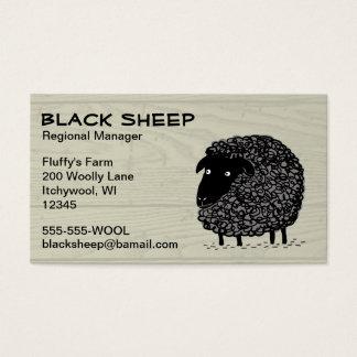 Ovejas negras en el fondo de madera del modelo tarjetas de visita