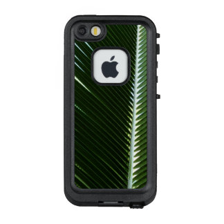 Overlapping Palm Fronds Tropical Green Abstract LifeProof® FRĒ® iPhone 5 Case