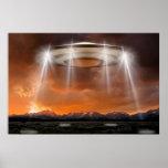 OVNI póster - Arriving