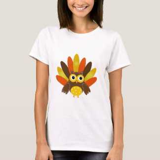 Owl dressed up as Turkey T-Shirt