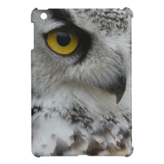 Owl Eye Closeup Wildlife Photograph iPad Mini Cover