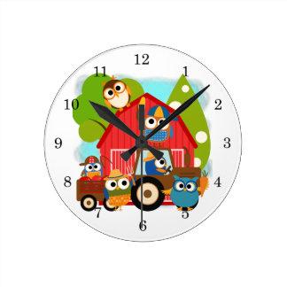Owl Farmers Round Clock