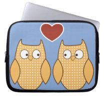Owl heart love laptop sleeve