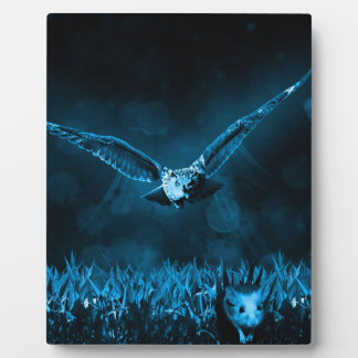 Owl Hunting Plaque