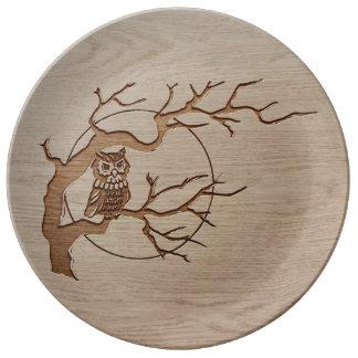 Owl in a tree engraved design porcelain plates