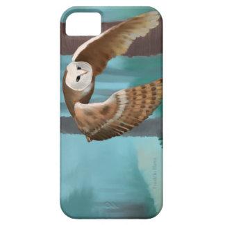 Owl in Flight iPhone 5 Cover