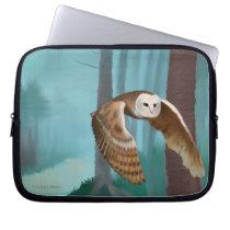 Owl in Flight Laptop Sleeve