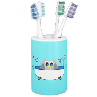 Owl In Tub Turquoise Background Bath Set