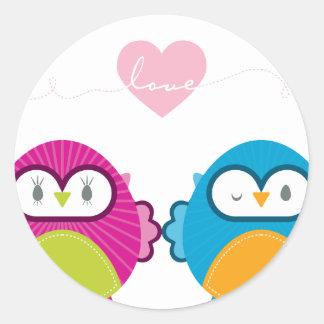 OWL LOVE :: bright girl + boy Classic Round Sticker
