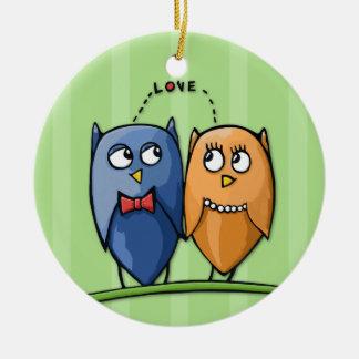Owl Love green Round Ornament