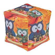 Owl love pouf