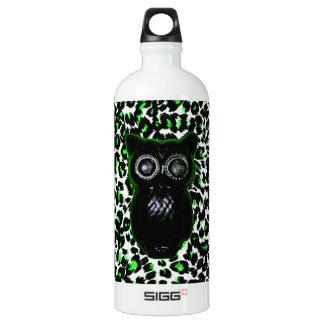 Owl On Green Leopard Spots SIGG Traveler 1.0L Water Bottle