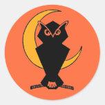 Owl-oween Round Sticker