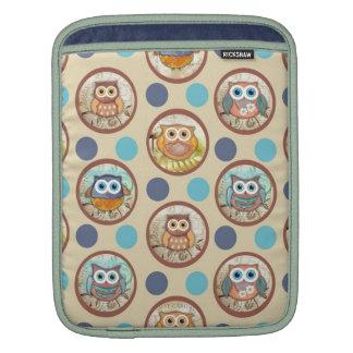 Owl Polka Dots Print Sleeve For iPads