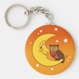 Owl sitting on the moon keychain