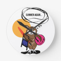 Owl that hates summer T shirt Round Clock