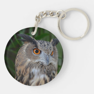 owl turning to the right head view Double-Sided round acrylic keychain