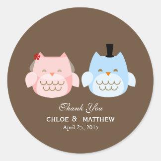Owls Bride and Groom Wedding Favor Classic Round Sticker