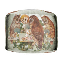 Owls playing pouf