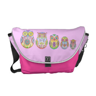 Owlushka Family medium messenger bag