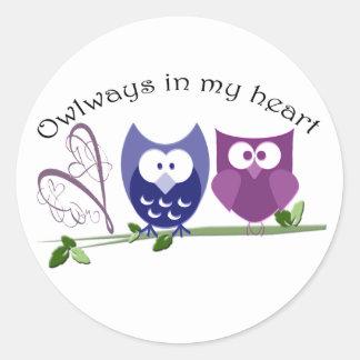 Owlways en mi corazón, regalos lindos del búho pegatina redonda