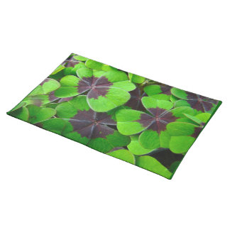 Oxalis Leaves - Red and Green Cloth Placemat