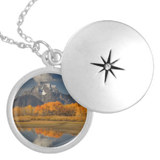 oxbow bend in fall colors round locket necklace