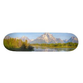Oxbow Bend Skateboard