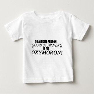 Oxymoron de la buena mañana playera de bebé