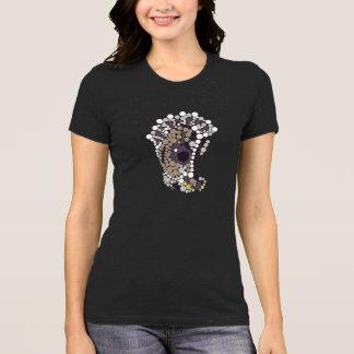 Oyster design Women's T-shirt
