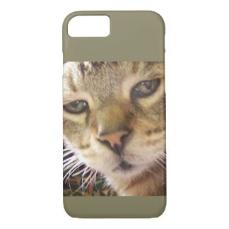 Ozzie has his eye on you iPhone 8/7 case