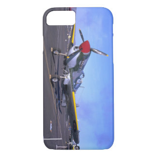 P40 On Display, Front_WWII Planes iPhone 8/7 Case