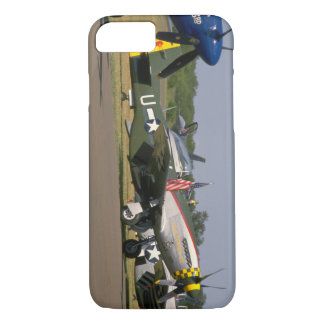 P51 Mustang, Side View.(runway)_WWII Planes iPhone 8/7 Case
