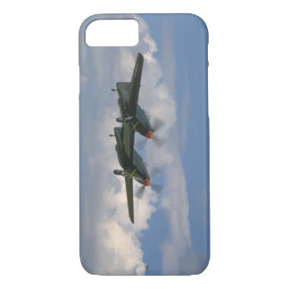 P82 In Air, From Below_WWII Planes iPhone 8/7 Case