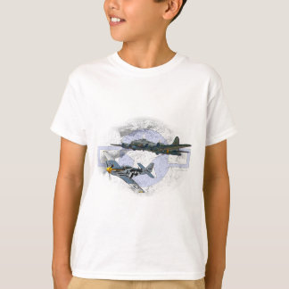 P-51 Mustang flying escort T-Shirt