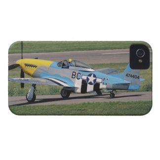 P-51 norteamericano D que deslumbra a Donna en iPhone 4 Case-Mate Carcasas