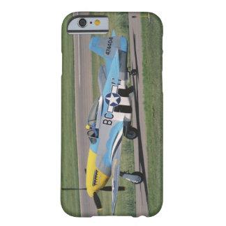 P-51 norteamericano D que deslumbra a Donna en Funda Barely There iPhone 6