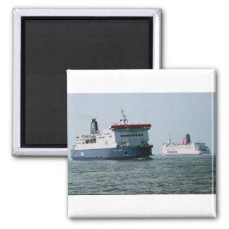 "P & O European Ferries' ""Pride of Burgundy"" passin Magnet"