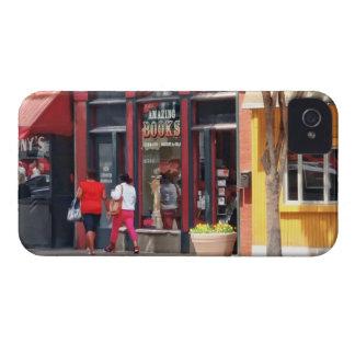 PA de Pittsburgh - El dar un paseo a lo largo de Case-Mate iPhone 4 Fundas