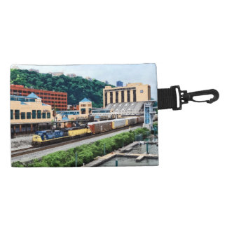 PA de Pittsburgh - Tren que va por el cuadrado de