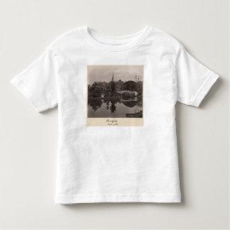 Pabellón de la isla en el jardín de Cantanement Tee Shirt