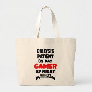 Paciente de diálisis del videojugador bolsas